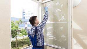 mycie i czyszczenie okien